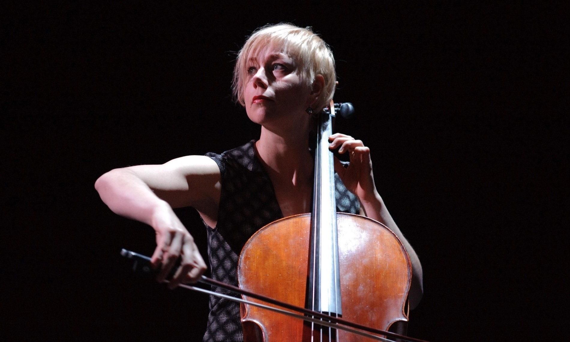 Jacqueline Hamelink cello